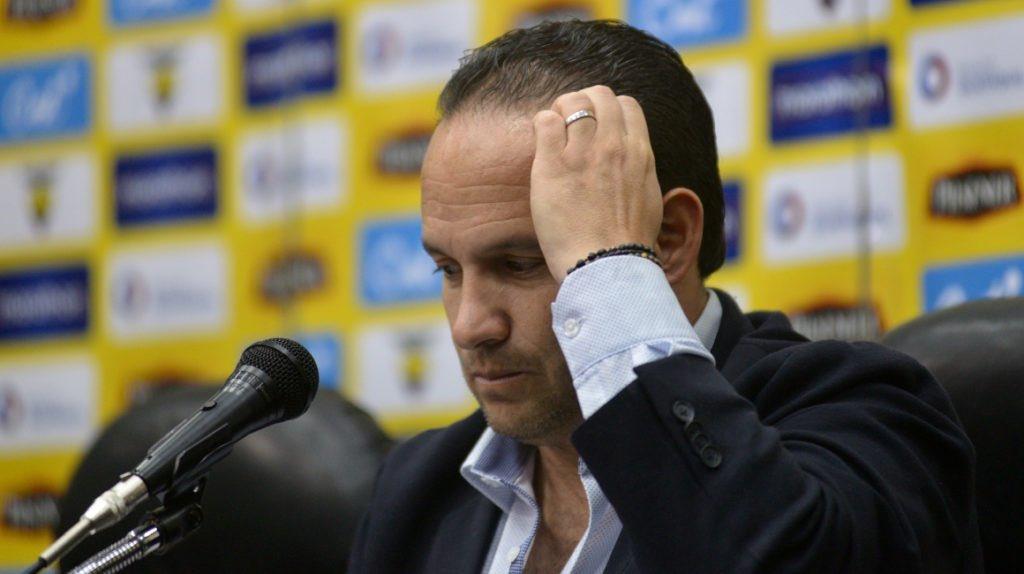 Andrés Holguín se refirió al pronunciamiento de FIFA sobre Francisco Egas y la situación del presidente de la FEF en Conmebol