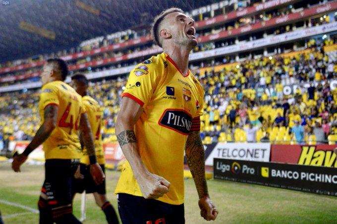 El referente de Barcelona habría firmado su renovación por dos temporadas más