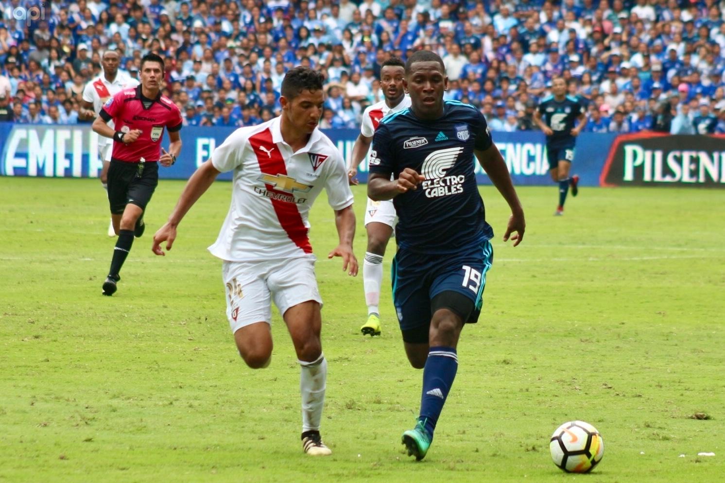 Mariano Soso reveló que hay clubes interesados en el 'Cuco'
