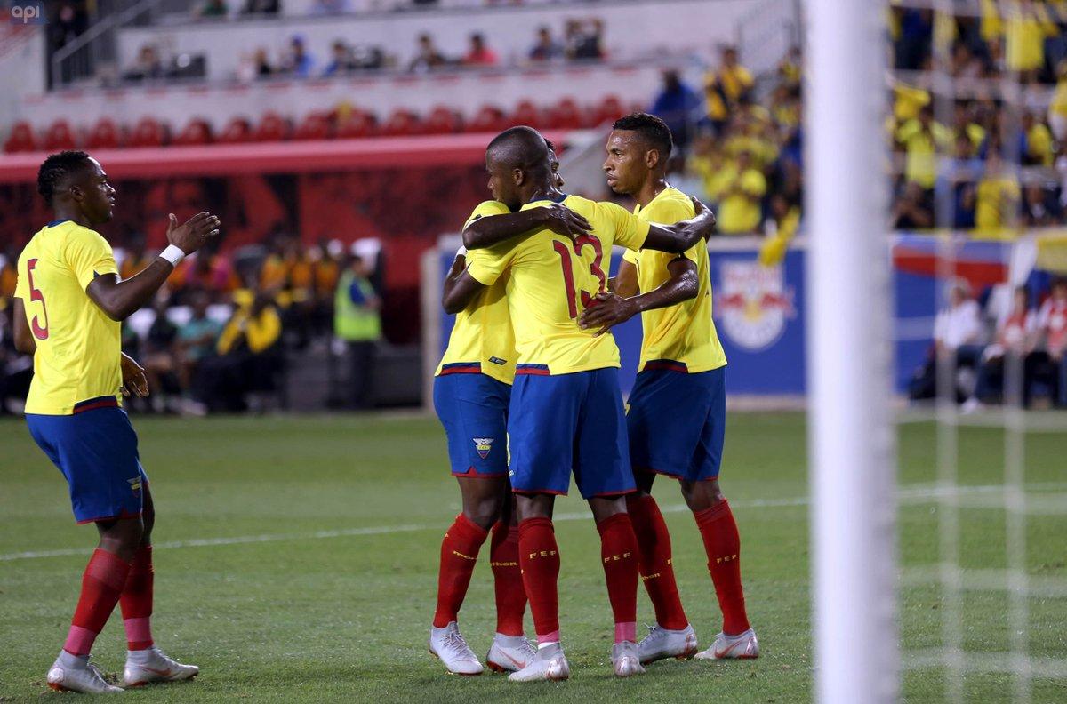 La Selección Ecuatoriana mejoró cuatro posiciones en el ranking mundial de noviembre