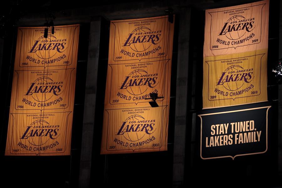 Se vivió una fiesta en Los Angeles, con la jornada inaugural de la NBA
