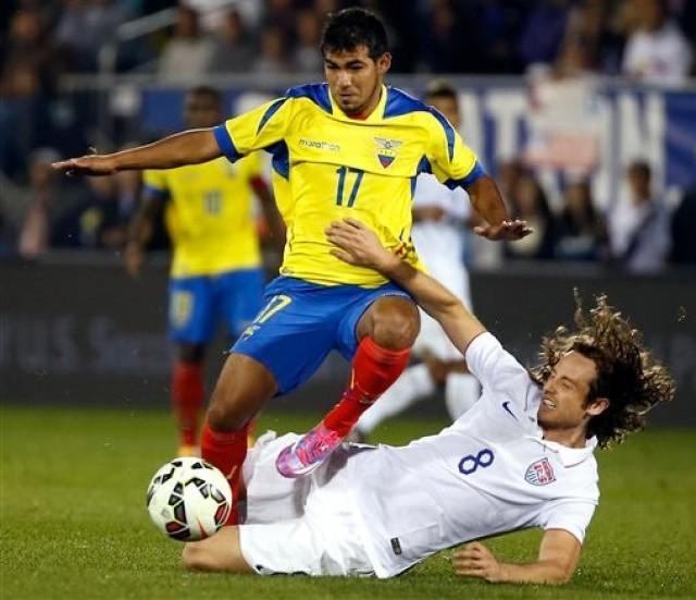 Junior Sornoza se unió ayer al equipo tricolor y palpita optimista los amistosos con Perú y Bolivia
