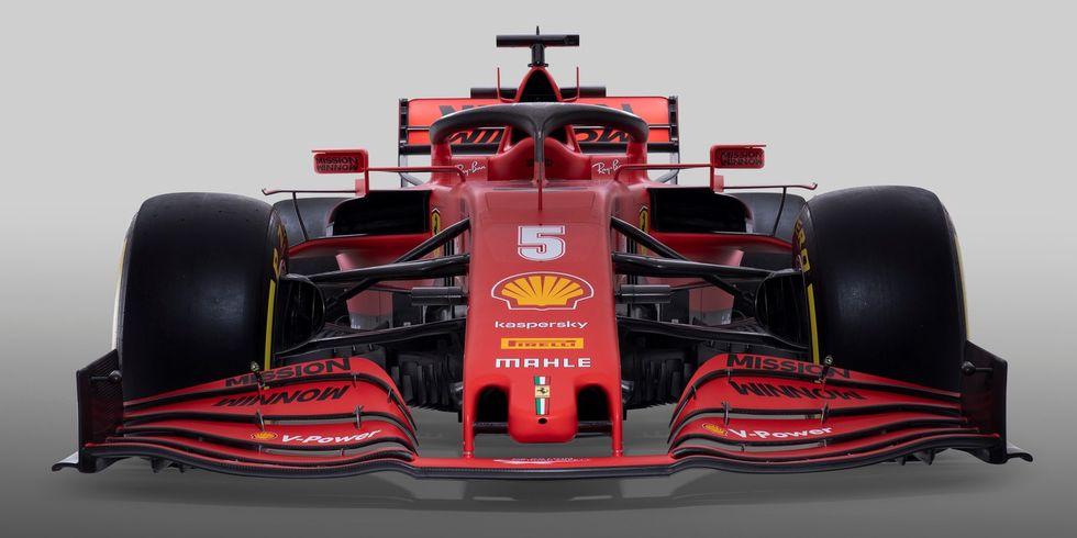 """""""En el nuevo Ferrari sigue apareciendo la escrita 'Mission Winnow', un logotipo de Philip Morris"""", señaló la Unión Nacional de Consumidores italiana (UNC)"""