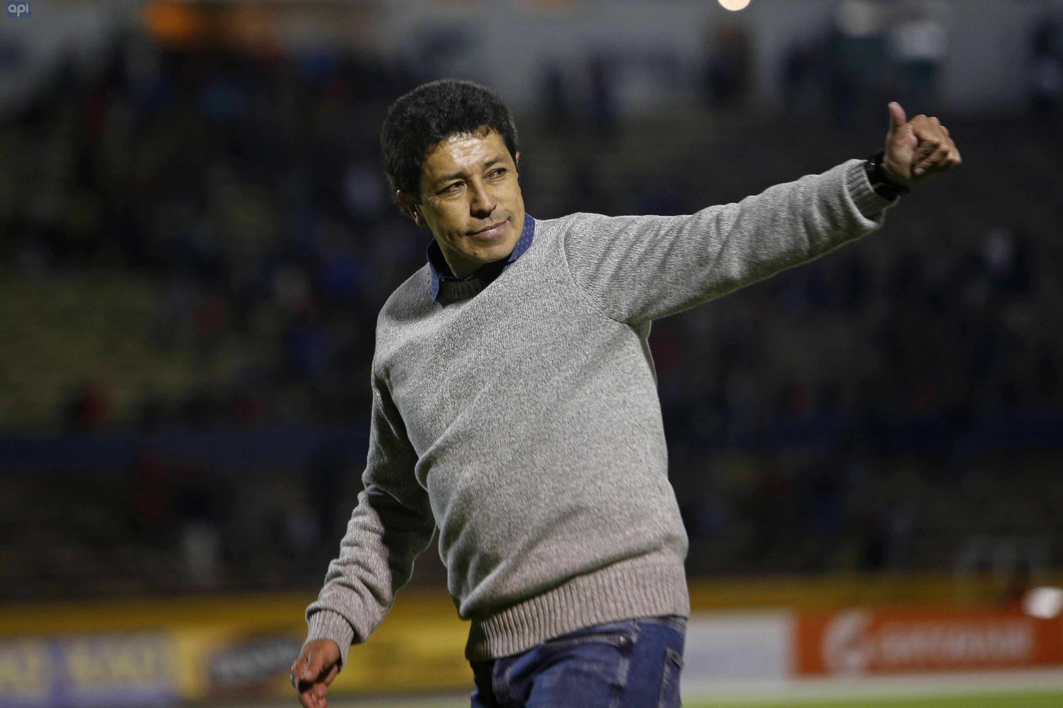 Paúl Vélez aplaudió el desempeño de su plantilla, tras la sorpresa de Macará a El Nacional en el Atahualpa