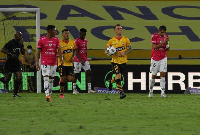 Emelec e Independiente del Valle han recortado distancias en la lucha por la punta