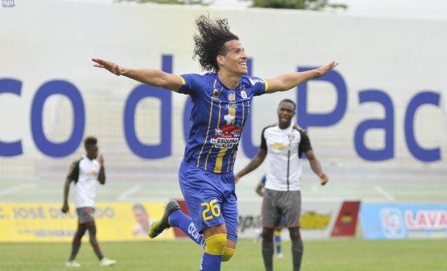 """William Riveros tiene la ilusión de clasificar a Copa Libertadores con el conjunto """"cetáceo"""", además de poder vestir la amarilla el siguiente año"""