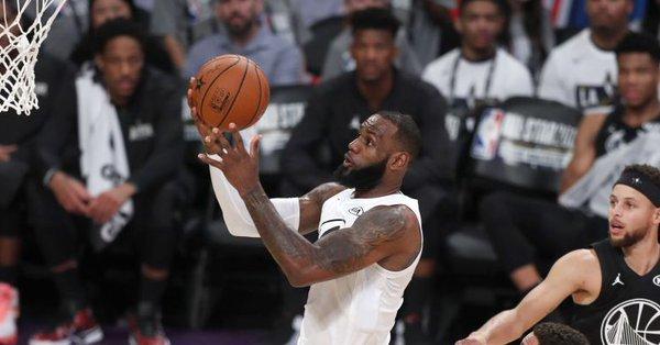 'Performance' llegó a la NBA como una herramienta que recoge datos geolocalizados de los jugadores para mejorar su rendimiento
