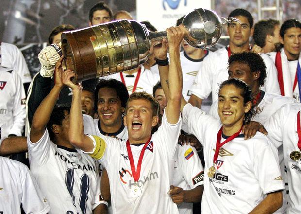 """El máximo organismo del balompié mundial destacó el """"legado histórico"""" que dejó Liga de Quito en el 2008"""