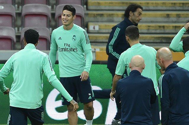 """""""Van a ir con la selección y no quiero hacer nada porque tienen que ir"""", explicó el técnico francés"""