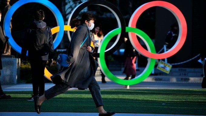 """Los Juegos Olímpicos de Tokio se posponen """"hasta el verano del año 2021, como muy tarde"""" a causa de la pandemia de coronavirus"""