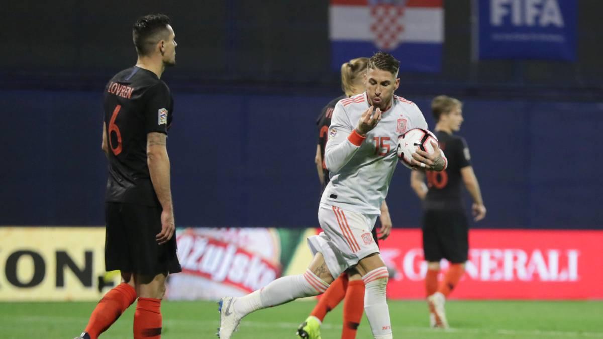 El zaguero atacó en redes sociales al capitán español, Sergio Ramos, tras el triunfo de su equipo