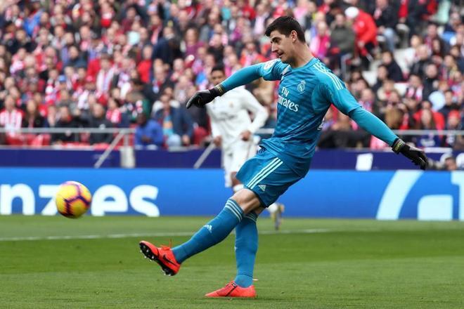 El portero del Real Madrid se enfoca en la ida de los octavos de final de la Liga de Campeones que se jugará en la capital holandesa
