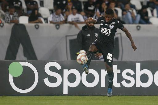 El 'Loco' ingresó al minuto 70 en la victoria sobre Paraná, por la Copa do Brasil