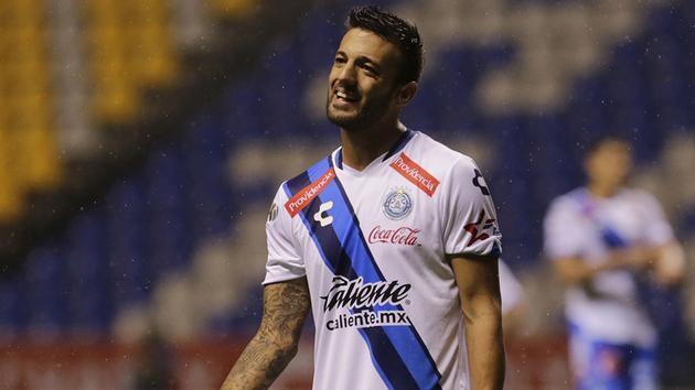El club torero confirmó la contratación del zaguero uruguayo