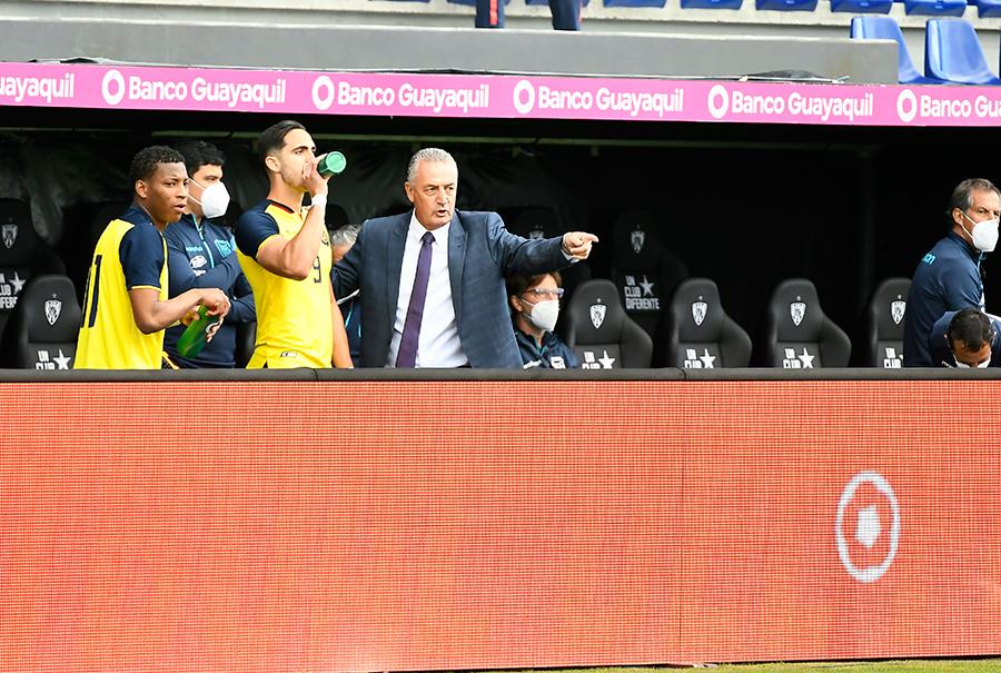 El técnico argentino asegura que le ha venido bien el tiempo de trabajo