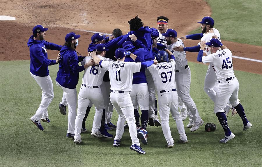 El equipo de Los Angeles se impuso en seis juegos a los Tampa Bay Rays