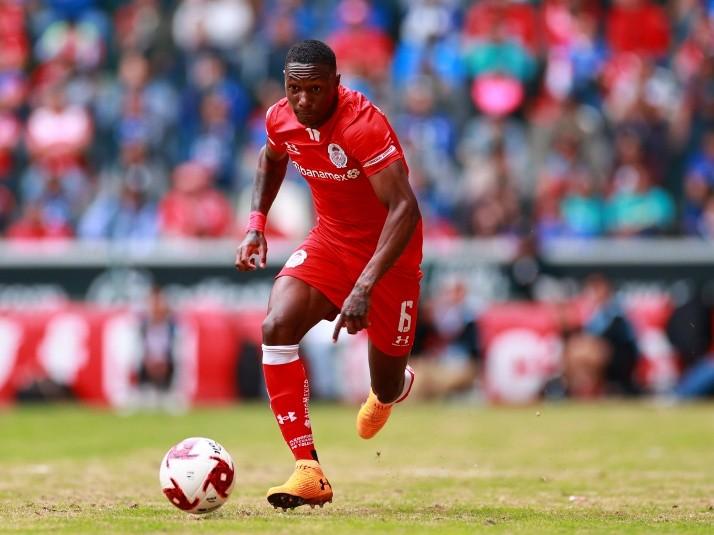 El ecuatoriano tendrá la oportunidad en un club recién ascendido