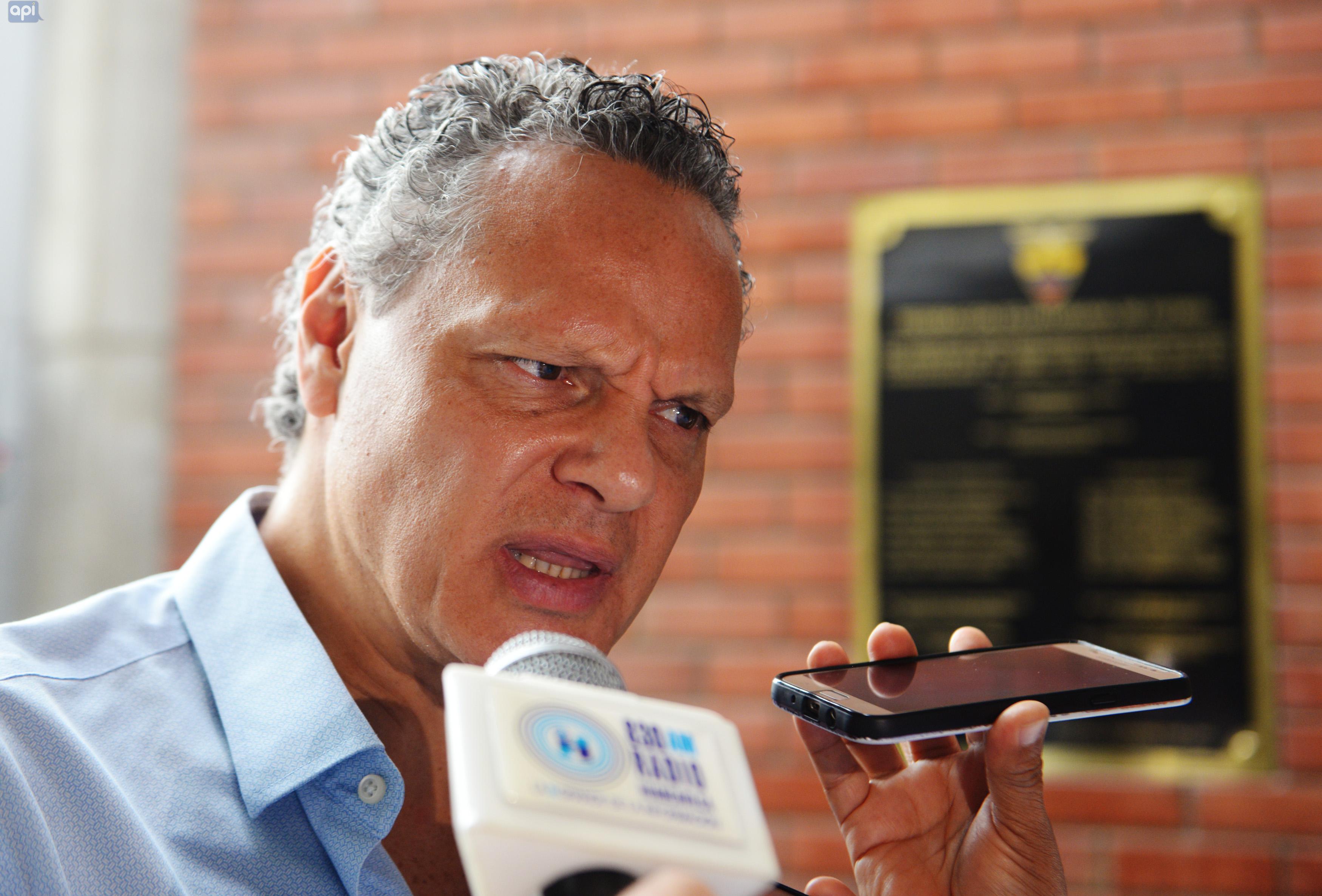 El dirigente se refirió a las críticas que ha recibido el plantel albo por los casos de Chila- Cheme y Brahian Alemán