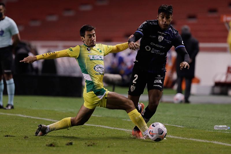 Los negriazules dejaron puntos en el camino en su debut en la fase de grupos de la Libertadores