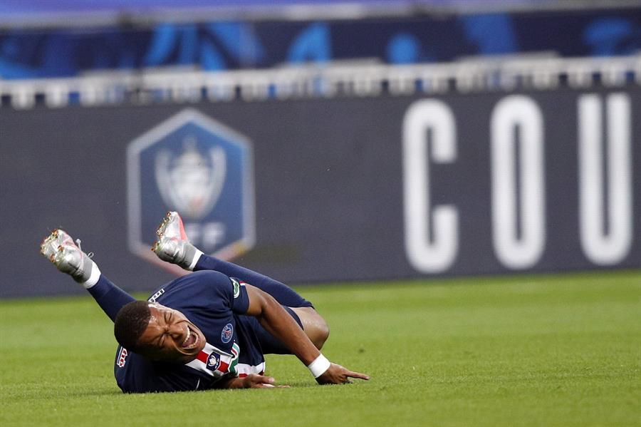La lesión del francés y el tiempo estimado de recuperación hacen difícil su presencia en los cuartos de final de Liga de Campeones