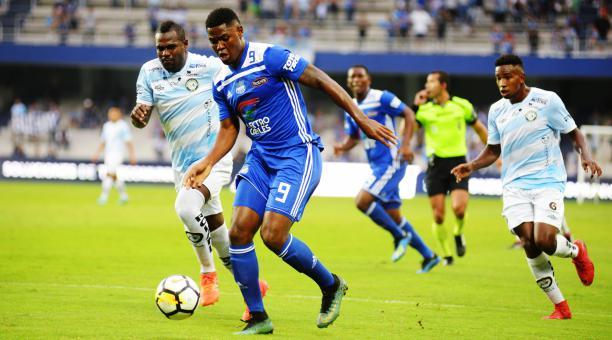 Se reporta que el jugador no habría pasado los chequeos médicos en el Prachuap FC