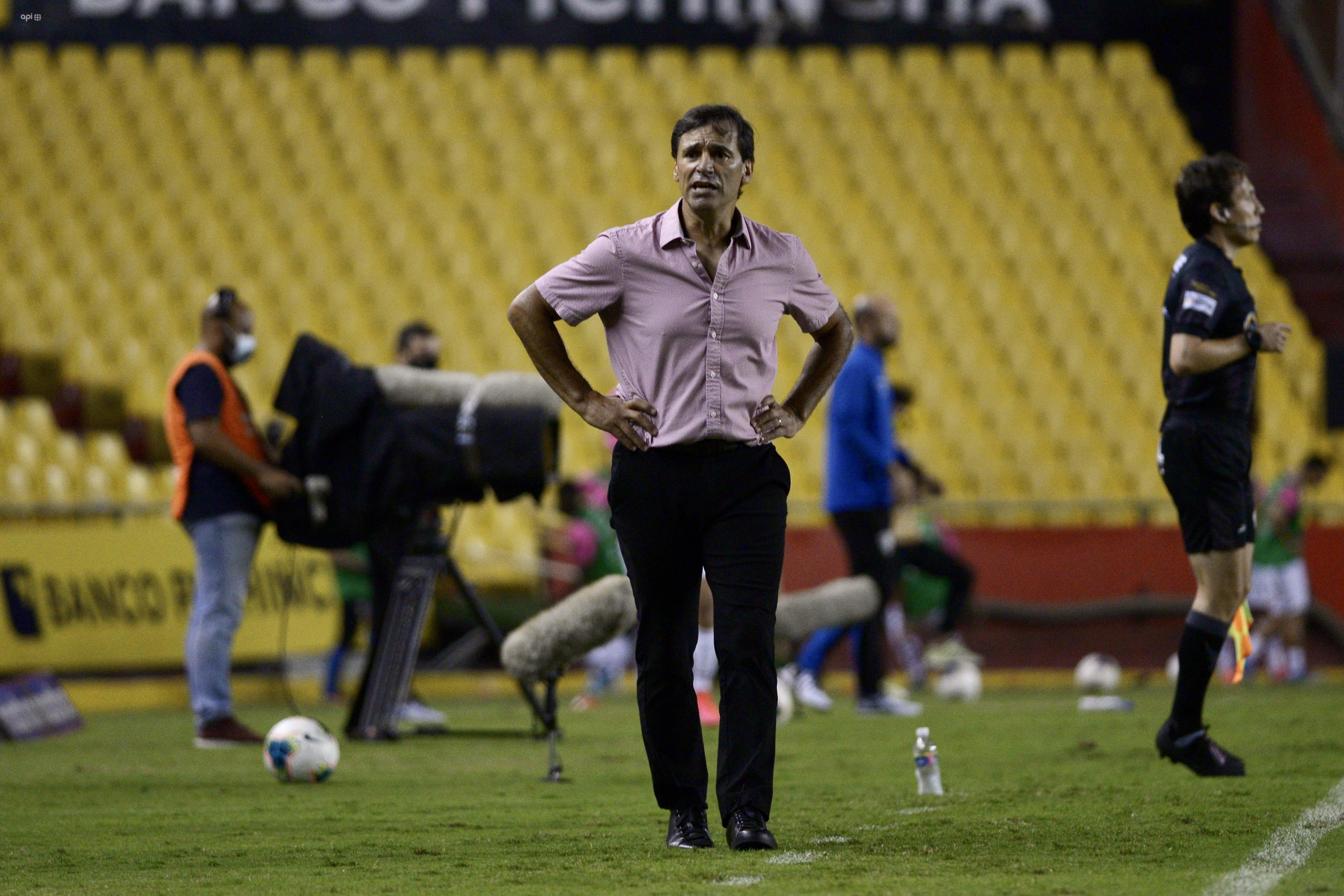 Fabián Bustos se refirió a la victoria de Barcelona sobre Independiente y el liderato en la segunda etapa
