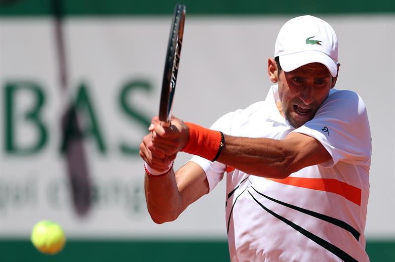 El número uno del mundo continúa a paso firme en Roland Garros