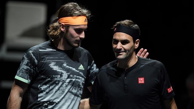 El griego superó a Federer por 6-3 y 6,4, y se convierte en el segundo jugador más joven en alcanzar la final