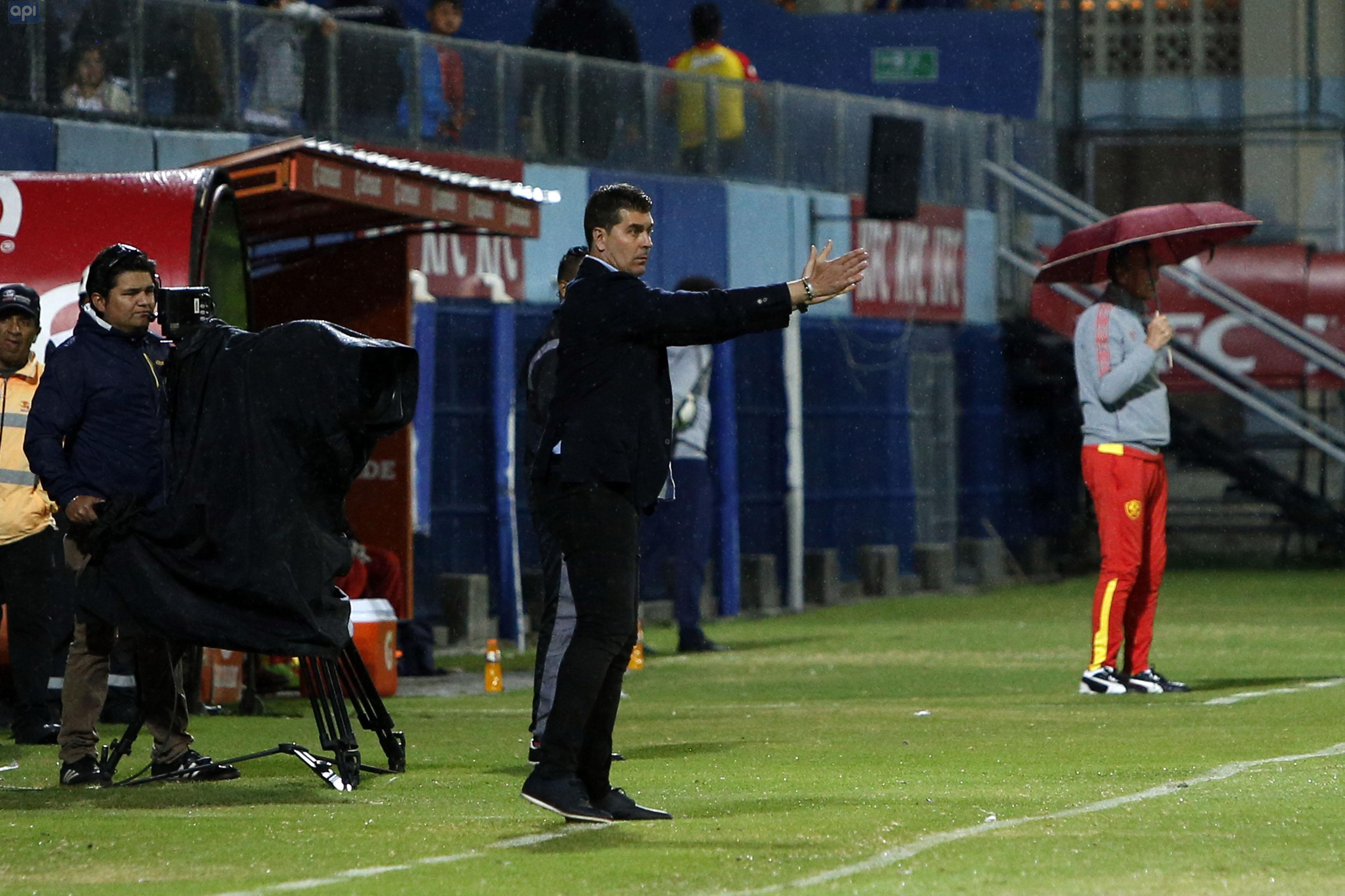 Ismael Rescalvo se refirió a las bajas sensibles que tiene IDV para su debut de Copa Sudamericana