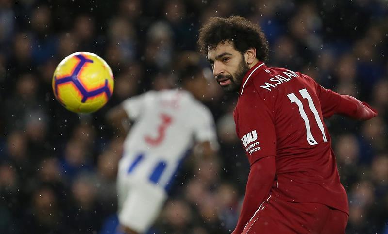 Salah transformó este sábado un penalti que le hicieron a él mismo y dio la victoria al Liverpool en la visita al campo del Brighton & Hove Albion