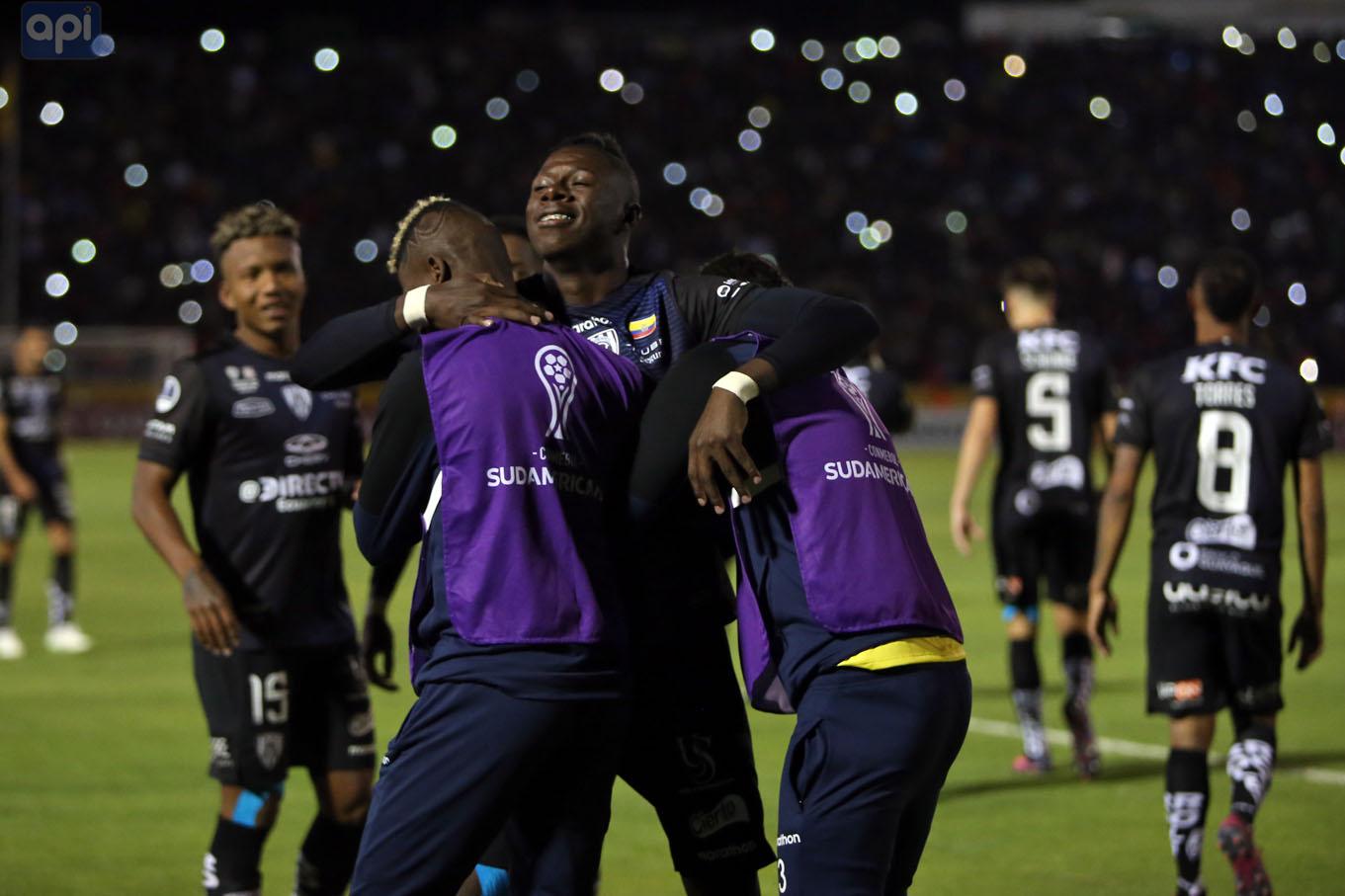 Los ecuatorianos parten de la experiencia de haber disputado ya una final continental, la Libertadores de 2016
