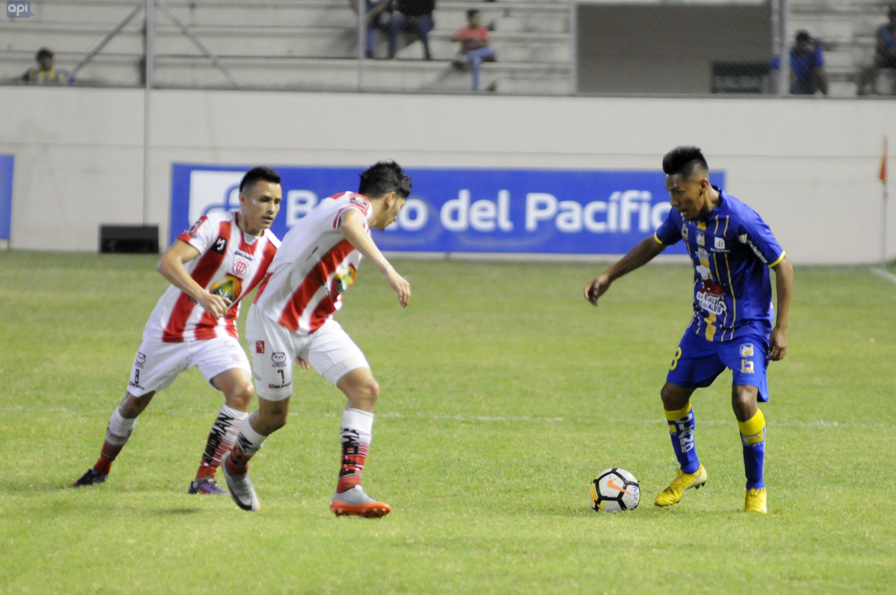 El ex jugador del Delfín es el segundo refuerzo confirmado de Universidad Católica para el 2019