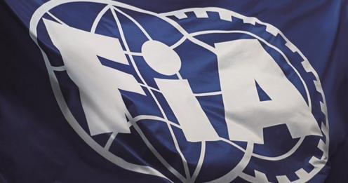El retraso de un año en el cambio de la reglamentación, presumiblemente drástico, se aprobó de forma unánime entre los representantes de la FIA