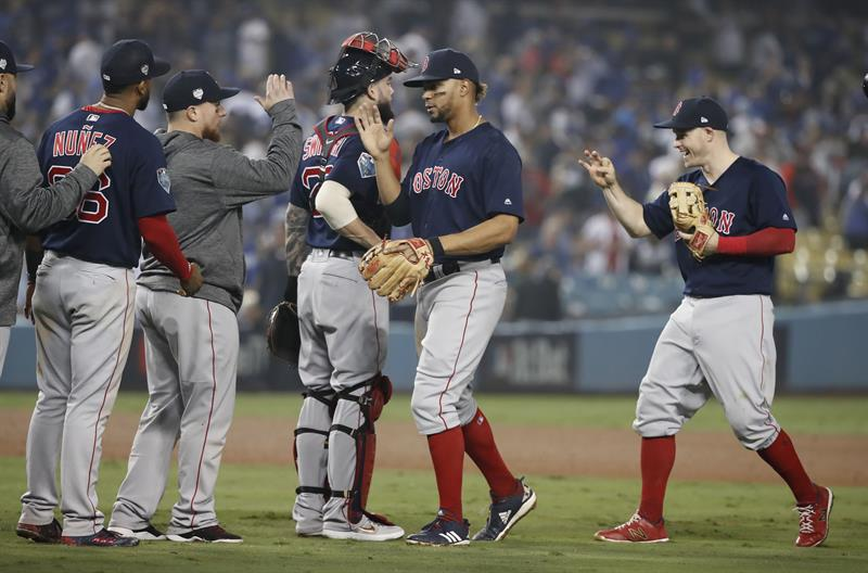 El equipo de Boston venció 6-9 a Los Angeles Dodgers