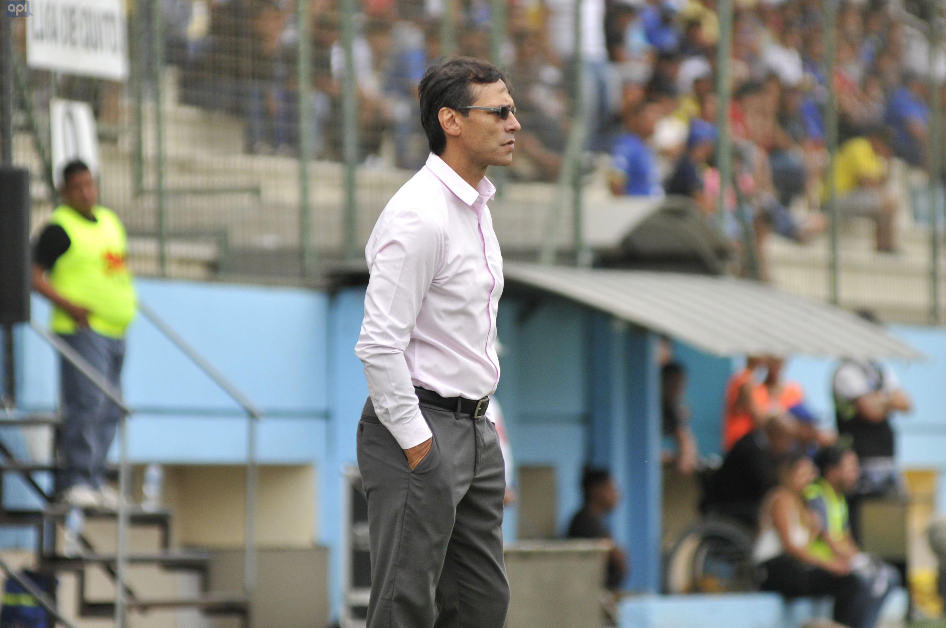 Fabián Bustos, técnico de Delfín, valoró el inicio de la pretemporada pensando en encarar la Copa Libertadores