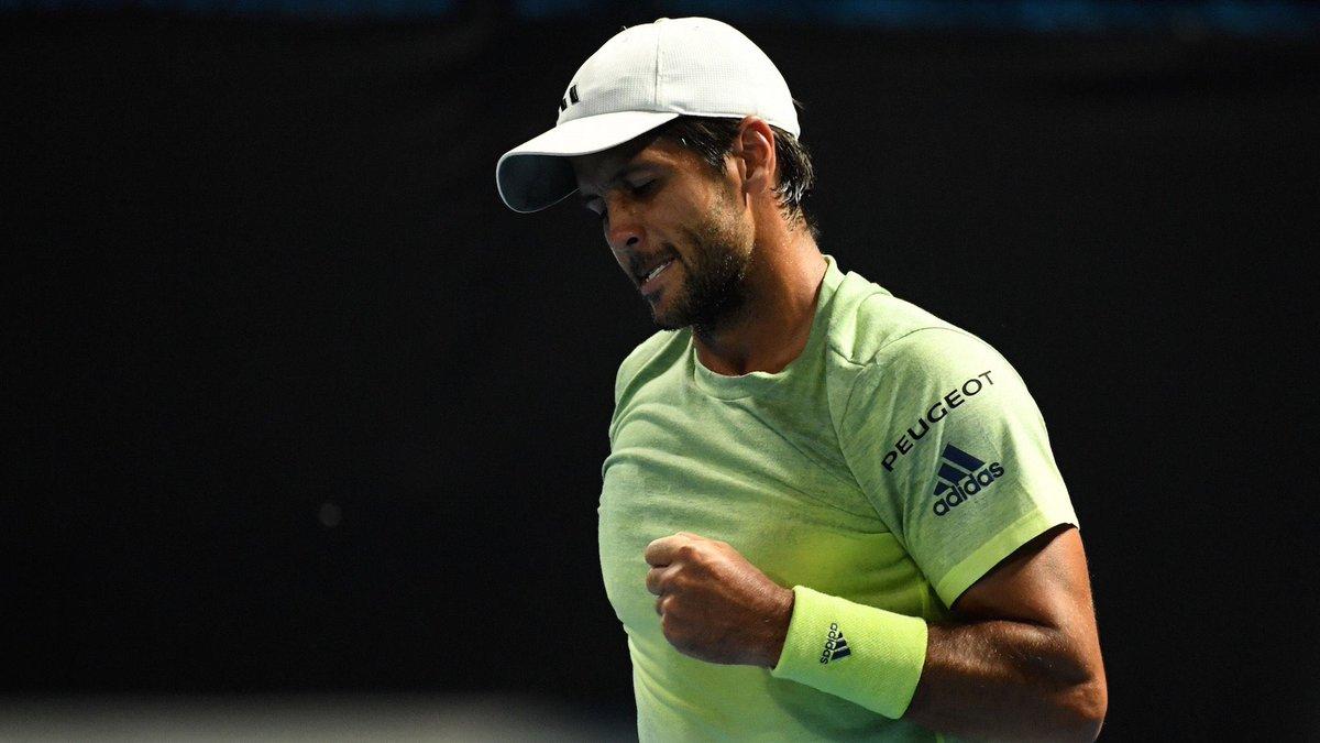 El español, de 34 años, se impuso en tres sets, por 7-6 (4), 4-6 y 6-3 y consiguió su segundo triunfo en el torneo sobre un Top 10