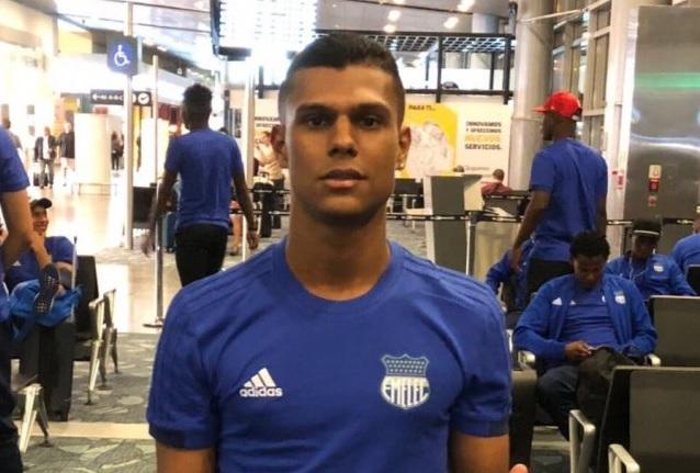 El colombiano Estéfano Arango espera poder sumar más minutos con la camiseta eléctrica