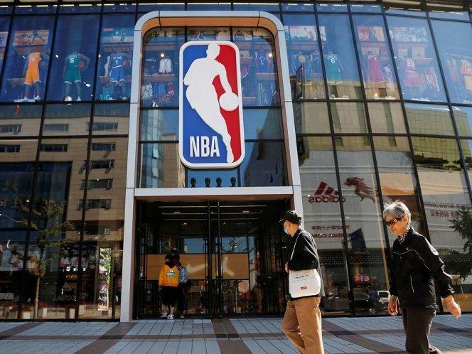 La crisis entre la NBA y China se dio tras el tuit de Daryl Morey, gerente general de los Rockets