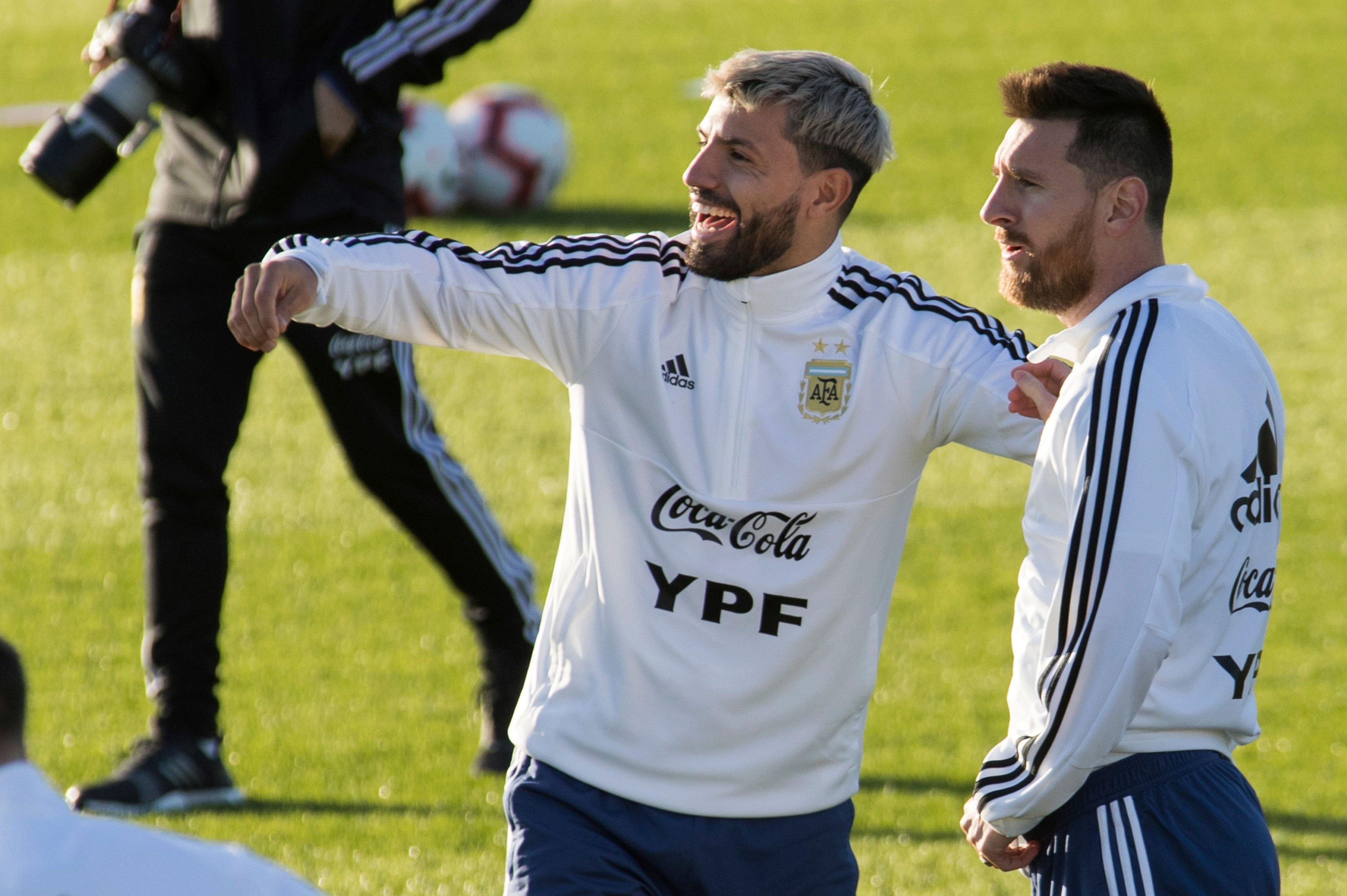 """Además, el seleccionador argentino apuntó que tiene la intención de """"ver a unos futbolistas"""" en el amistoso ante Uruguay, este lunes en Tel Aviv"""