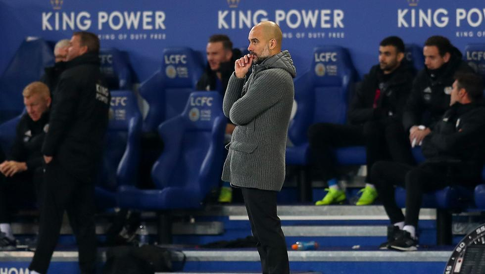 Manchester City cayó ante Leicester y descendió al tercer lugar en la Premier League
