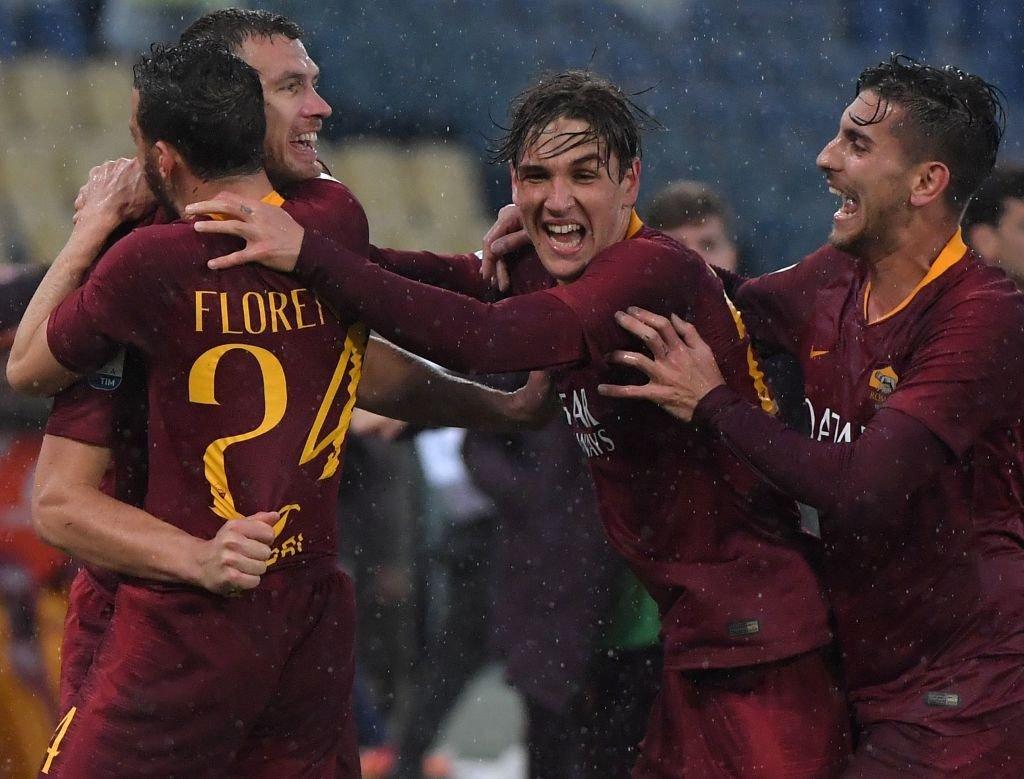 El cuadro de la capital alcanzó momentáneamente la cuarta posición en el Calcio