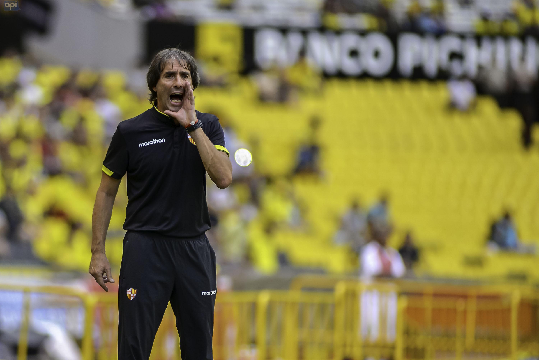 El uruguayo mencionó que si regresa a Ecuador es para dirigir a Barcelona o a la Selección