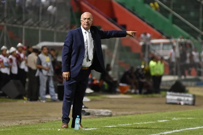 El entrenador de las formativas de la Tri se refirió a la situación del extremo, quien milita en el Benfica