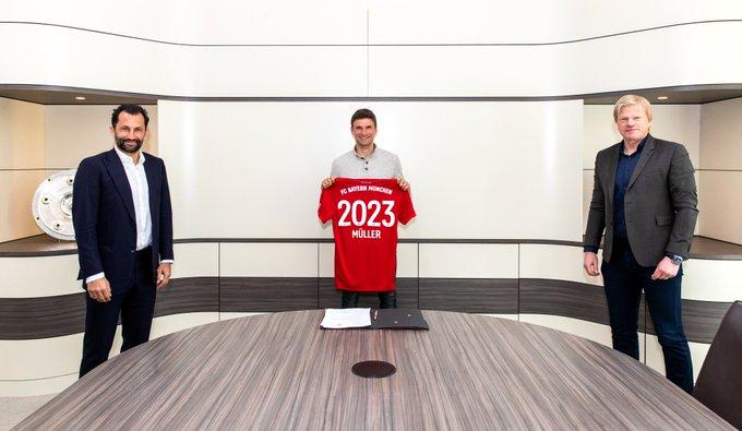 El club bávaro renovó ya el pasado viernes el contrato de su técnico, Hansi Flick, que asumió ese puesto en noviembre en substitución de Niko Kovak