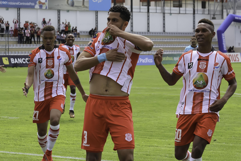 Técnico Universitario sufrió pero venció a América y suma su segunda victoria en la LigaPro