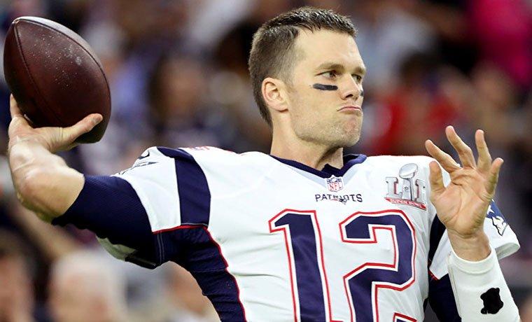 El mariscal se unió a Peyton Manning, Tony González, Bruce Matthews y Merlin Olsen como los únicos cinco jugadores en la historia de la liga con 14 selecciones al Pro Bowl
