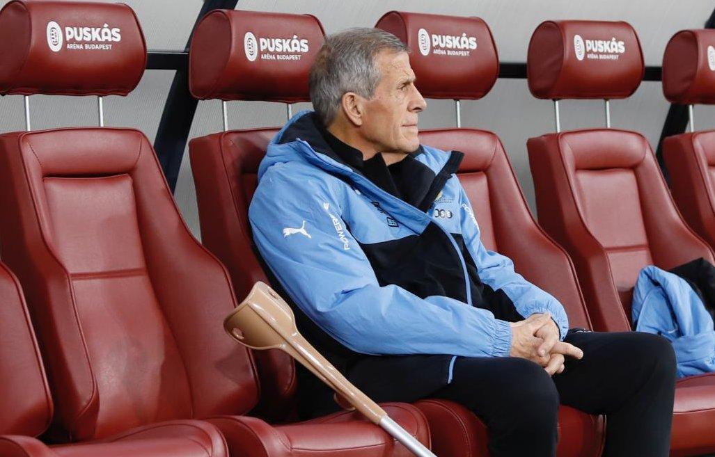 La selección Uruguay entrenó la tarde de este domingo en Netanya antes del amistoso del lunes contra Argentina en suelo israelí