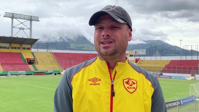 """Máximo Villafañe felicitó a la plantilla de Aucas y señaló que """"en la altura podemos lograr nuestra clasificación"""""""