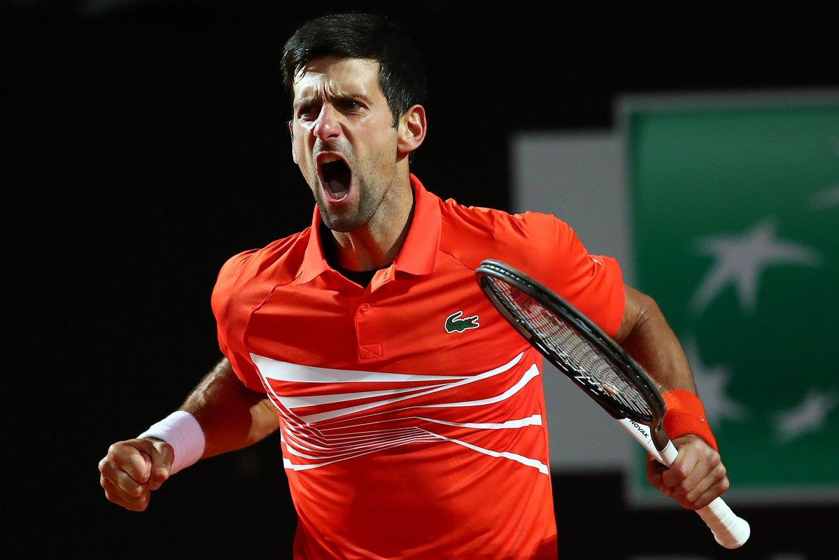 """Preguntado sobre si está feliz por verse de nuevo las caras con él este domingo en la final, Djokovic bromeó: """"Como admirador suyo, sí. Como rival, no"""""""