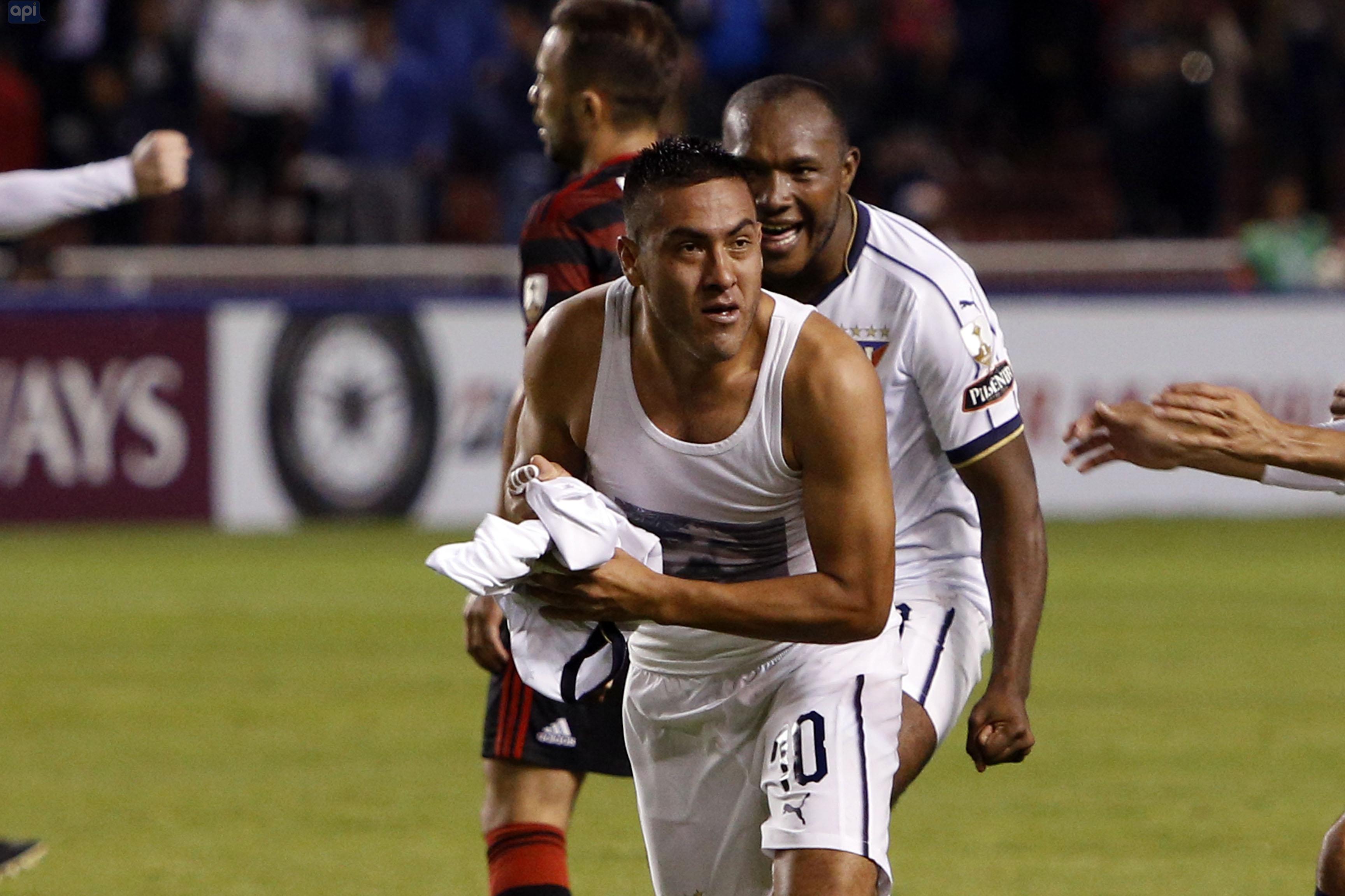 Esteban Paz se refirió a la titularidad de Andrés Chicaiza frente a Boca Juniors y trató sobre su posible salida a finales de año